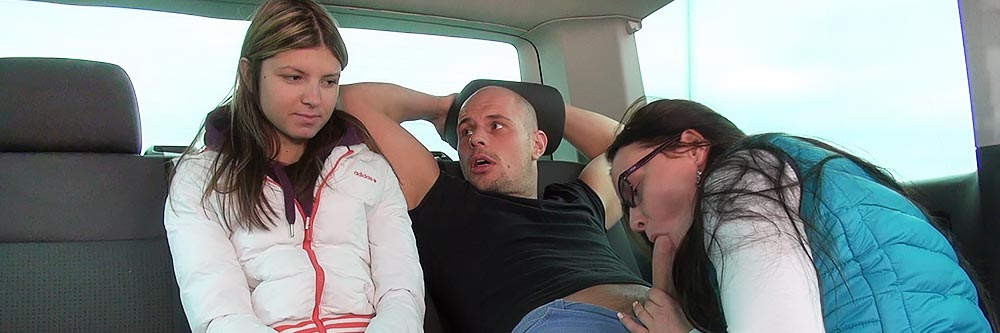 Trailer Screaming Orgasm